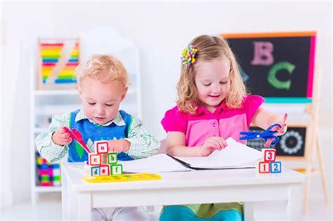 why choose montessori preschool why choose montessori for your toddler s education plano 121
