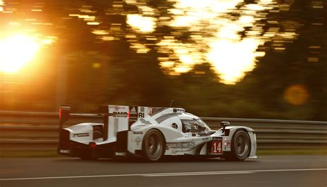 Porsche 919 Hybrid Takes 1 2 Victory At 24 Hours Of Le
