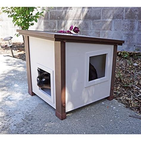 Ecoflex Outdoor And Feral Cat House, Measures 201 Inches