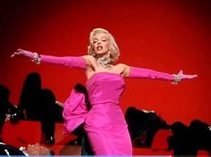 Marilyn Monroe - Diamonds Are a Girl's Best Friend [Swing ...