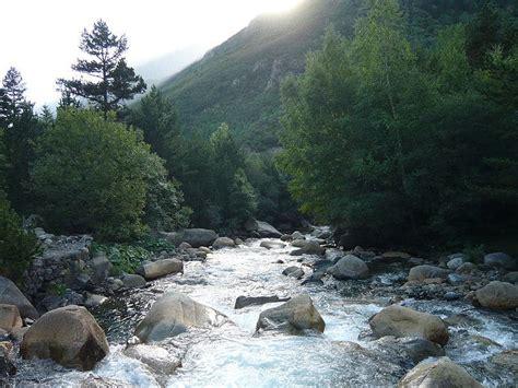 las aguas mas rapidas de espana en  rios se encuentran