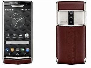 Telephone Vertu Prix : plaisir de tr s riche vertu lance son nouveau smartphone son prix 8400 euros zdnet ~ Medecine-chirurgie-esthetiques.com Avis de Voitures