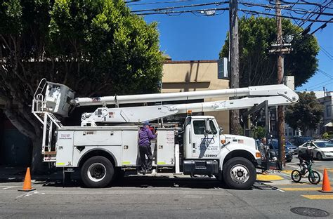 The Mission's U.S. Post Office gets a new flagpole ...