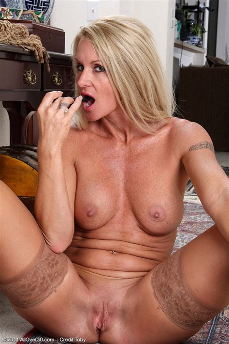 Popular 39 Year Old Milf Ingrid Gets Out Of Her Office