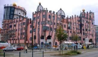 friedensreich hundertwasser architektur file magdeburg hundertwasserhaus jpg