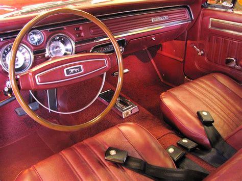 mercury cougar gt    door coupe