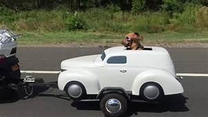 Jeux De Moto Et Voiture : un chien a sa propre voiture ~ Maxctalentgroup.com Avis de Voitures