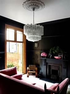 Rotes Sofa Welche Wandfarbe : wandfarbe schwarz 59 beispiele f r gelungene innendesigns fresh ideen f r das interieur ~ Bigdaddyawards.com Haus und Dekorationen