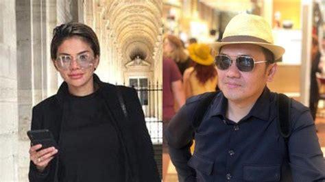 Farhat Abbas Pamer Paris Bersama Kolektor Tas