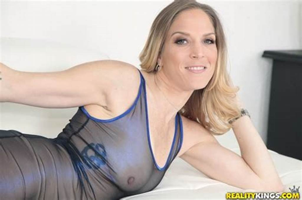 #Hot #And #Sexy #Milf #Newbie #Samantha #Sheridan #Gets #Slammed #Senseles