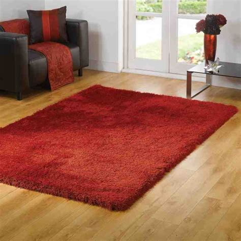 red rugs  living room decor ideas