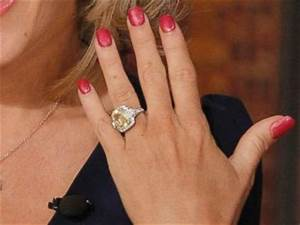 jenny mccarthy pictures images photos images77com With jenny mccarthy wedding ring