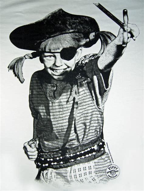 damen kostüm pippi langstrumpf original pippi langstrumpf tv serie damen t shirt pirat kaufen