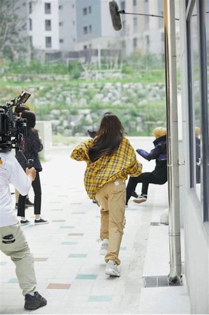 Behind Saeron Kim Scene Kpopmap Leverage Drama