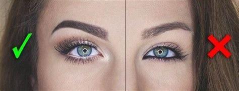 Как визуально увеличить глаза . Журнал Harper's Bazaar . Как сделать глаза больше с помощью макияжа