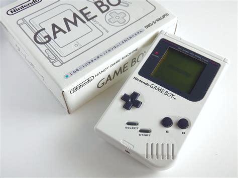 Boxed Rare Nintendo Game Boy Bros Pure White Console