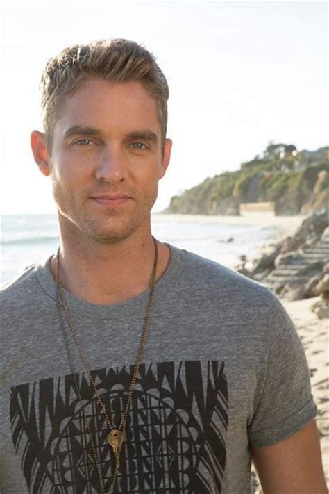 Country Singer Brett Young Talks 'sleep Without You