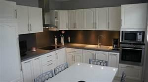 Relooking Cuisine : relooker une cuisine rustique le bois chez vous ~ Dode.kayakingforconservation.com Idées de Décoration