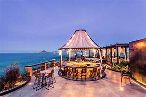Cabo san lucas bars the cape the rooftop rooftop bar for Best honeymoon resorts in cabo san lucas
