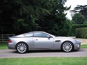 Aston Martin V12 Vanquish : 2005 aston martin v12 vanquish pictures cargurus ~ Medecine-chirurgie-esthetiques.com Avis de Voitures