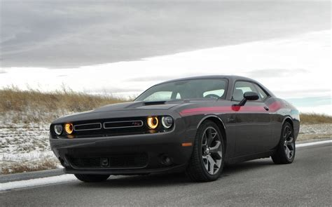 2015 Dodge Challenger Rt Is Cruising Muscle
