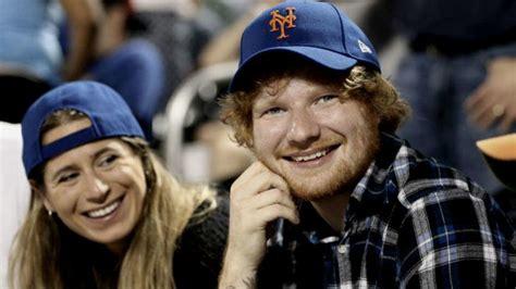 ed sheeran anuncia el compromiso de boda  su novia