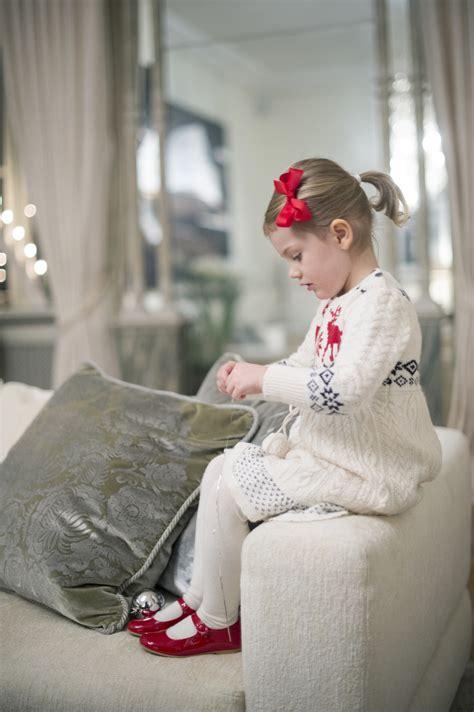 Princess Estelle Christmas Photos!  Kate Middleton Review