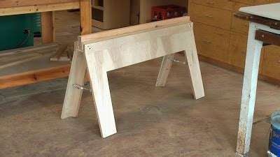 woodworking trip diy folding sawhorses  design