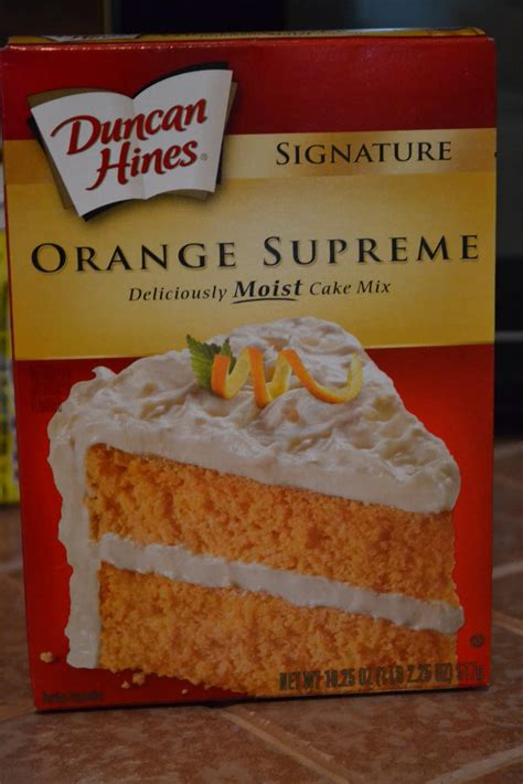 See more ideas about duncan hines recipes, duncan hines, recipes. Simple Savory & Satisfying: Creamsicle Chocolate Chip Cookies (Cream Cheese Cake Mix Cookie)
