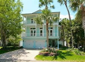 10 creative ways to find the right exterior home color With light blue paint for tropical home design