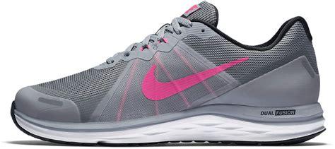 running shoes nike wmns dual fusion x 2