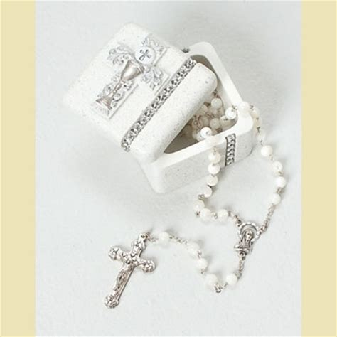 gifts for communion girl 1st holy communion gift ideas for 2013 the christian