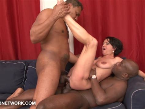 Mature Rough Double Fucked Likes Big Black Cocks In Pussy