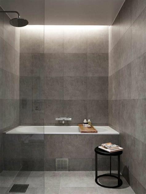 baignoire b b avec si ge int gr carrelage effet beton mobilier minimaliste accueil