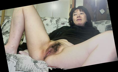 Elegant Japanese 40s Wifes Dildo Masturbation Photos