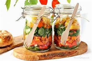 Salatbox Zum Mitnehmen : salat im glas mit gebratener ananas und s kartoffeln ~ A.2002-acura-tl-radio.info Haus und Dekorationen