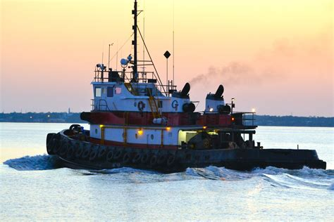 Tugboat Pictures by Tugboats Towboats And Barges Oh My Agrayphotography