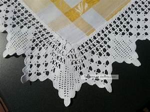 Tischdecke Mit Spitze : tischdecke mit spitze handarbeit wei gold monogramm 6 ~ Lizthompson.info Haus und Dekorationen
