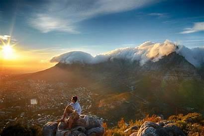 Travel Photographer Fleeting Sunrise Mountain Table Moment