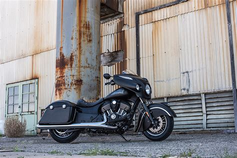 Indian Motorcycle Introduces The 2016 Indian Chieftain