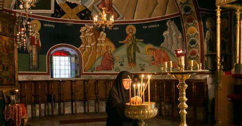 Читайте, как молиться и что делать в это время. Димитриевская родительская суббота: что нельзя делать в ...