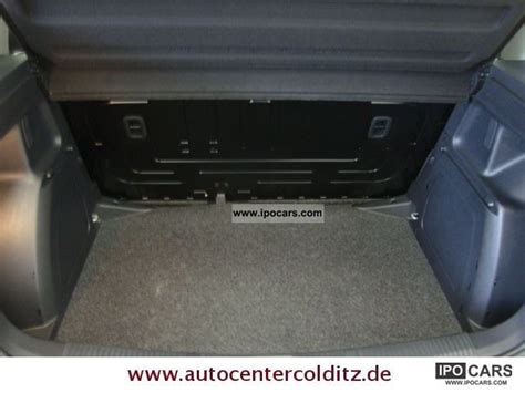 skoda fabia  tdi  door rcd isofix car photo