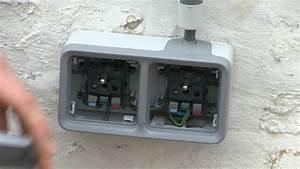 Montage Prise Electrique : buiten een dubbel plexo stopcontact plaatsen legrand youtube ~ Melissatoandfro.com Idées de Décoration