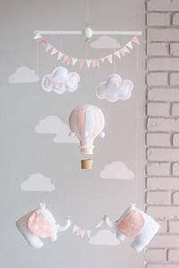 Mobile Lit Bébé Fille : die besten 17 ideen zu hei luftballons auf pinterest lavendelfelder lavendelfelder frankreich ~ Teatrodelosmanantiales.com Idées de Décoration