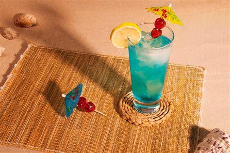 Blue Lagoon Cocktail Recipe How To Make A Blue Lagoon