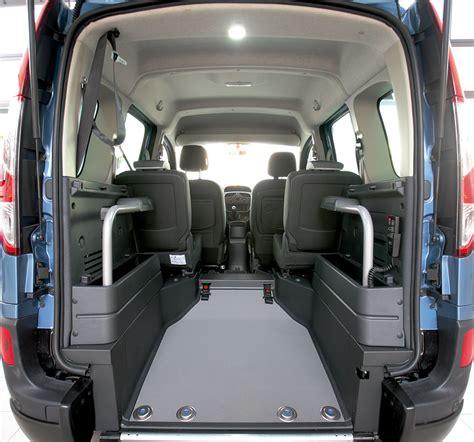 Renault Kangoo Trasporto Persone con Disabilità - Focaccia ...