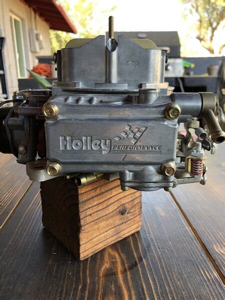[SOLD] - New Holley 80457-8 600 CFM | For A Bodies Only ...