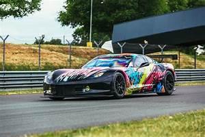 24h Du Mans 2017 Voiture : 24 heures du mans larbre comp tition pr sente sa corvette c7 r art car fluorescente les ~ Medecine-chirurgie-esthetiques.com Avis de Voitures