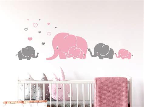 Wandtattoo Elefantenfamilie Kinderzimmer wandtattoo elefantenfamilie mit herzchen wandtattoos de