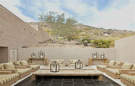 canapé fait avec des palettes le salon de jardin en palette en plus de 110 idées originales